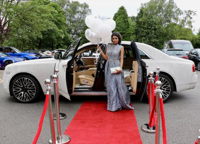 REGIONAL: Teen arrives for prom - in Rolls Royce covered in 4 million crystals