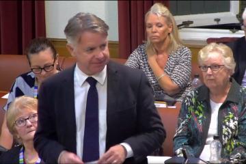 Bolton Council deputy leader reconsiders selling Horwich field - Photo