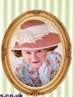COMEDY: Siobhan Edge in the title role of Hyacinth Bucket. Picture courtesy of:S & J Walkden – Show Photography and Filming