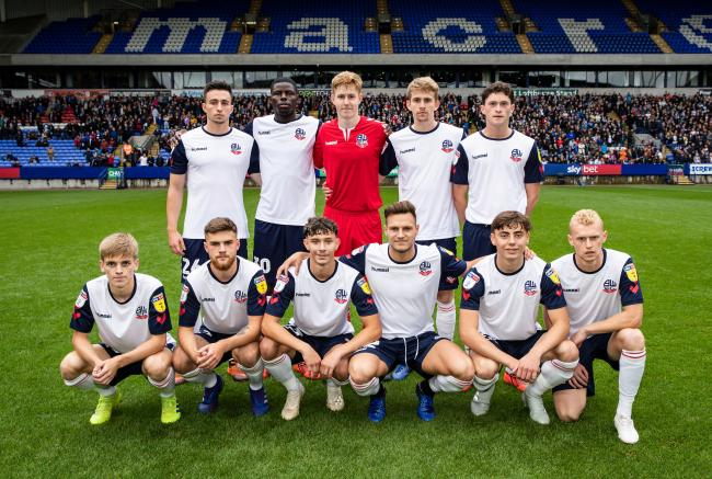 What happened to Bolton's youngest-ever team against Coventry? 10377026