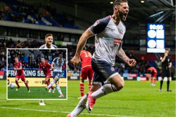 Daryl Murphy goes from zero to hero in Bolton's win against MK Dons - Photo