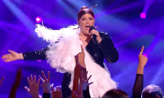 Jenny Ryan performs Lady Gaga's The Edge Of Glory on X Factor: Celebrity.