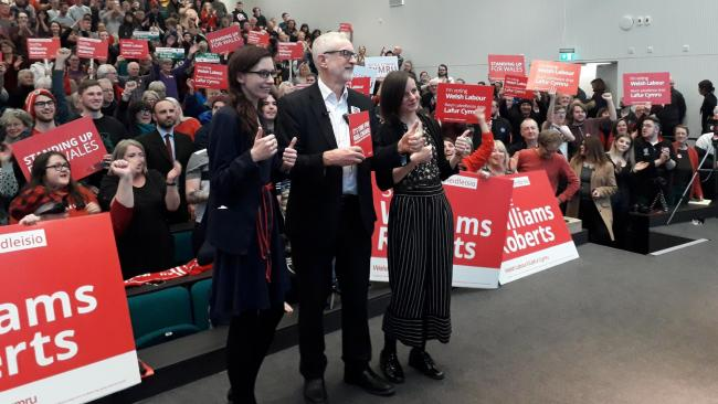 Jeremy Corbyn at rally with Steffie Williams Roberts and Mary Roberts
