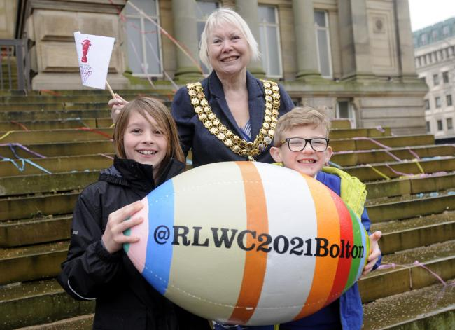Then-mayor Cllr Elaine Sherrington with Kendrick Williams and Lucas Walker