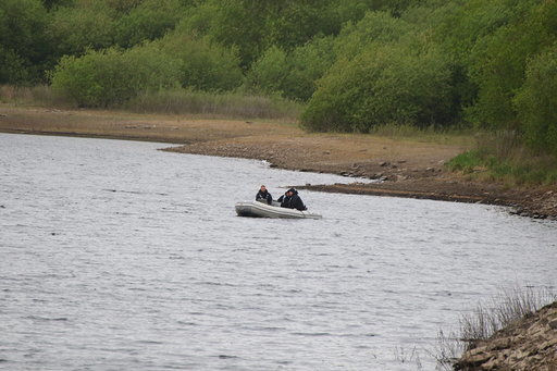Search teams spend second day at reservoir