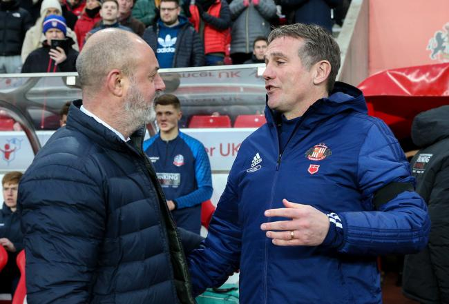 Ex-Bolton boss Phil Parkinson and his Sunderland side want to resume the season