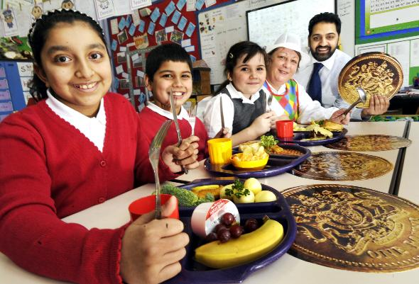 School dinners in Bolton win award for healthy eati