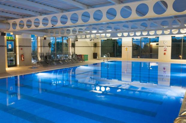 The Bolton News: The pool in the hotel (Photo: Booking.com)