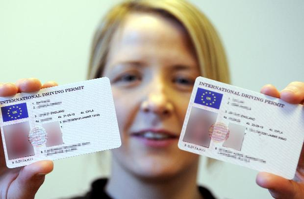 Fake Bolton Warn Police Teenagers Con Over The Id News Card