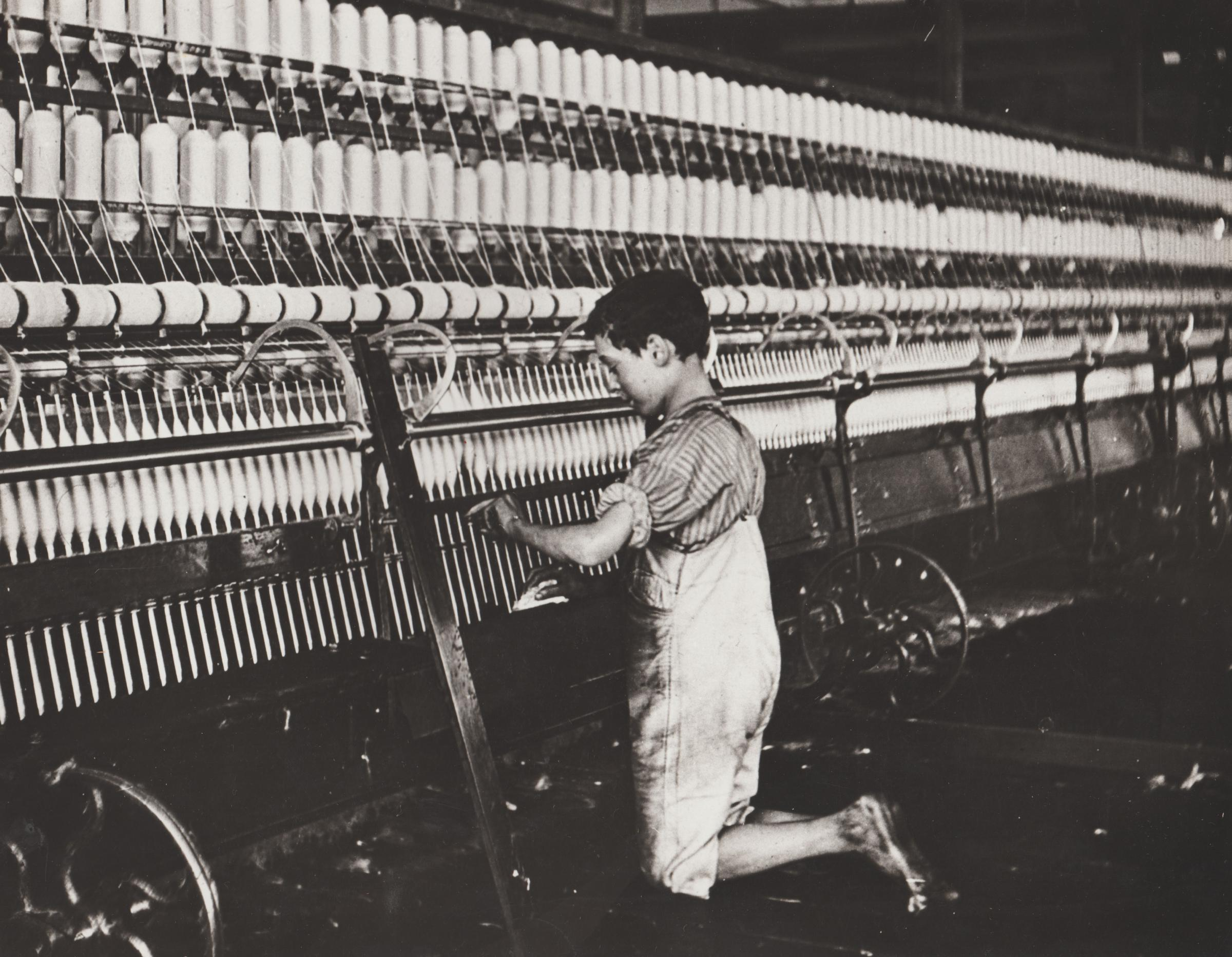 World of child labour was essential to Bolton's mills | The Bolton News
