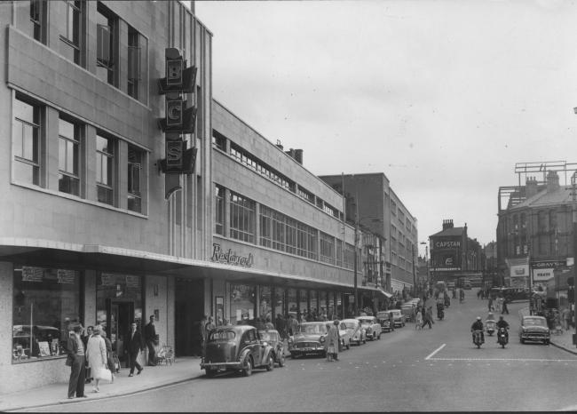 Photo offers memories of Bridge Street in Bolton from 1960 12859193