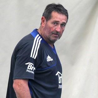 Graham Gooch insists England will be going all out for a whitewash against Austrralia