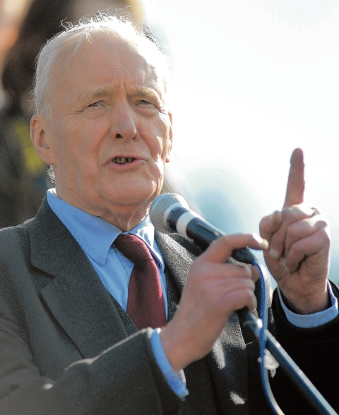 Bolton politicians and unionists pay tribute to veteran Labour politician Tony Benn