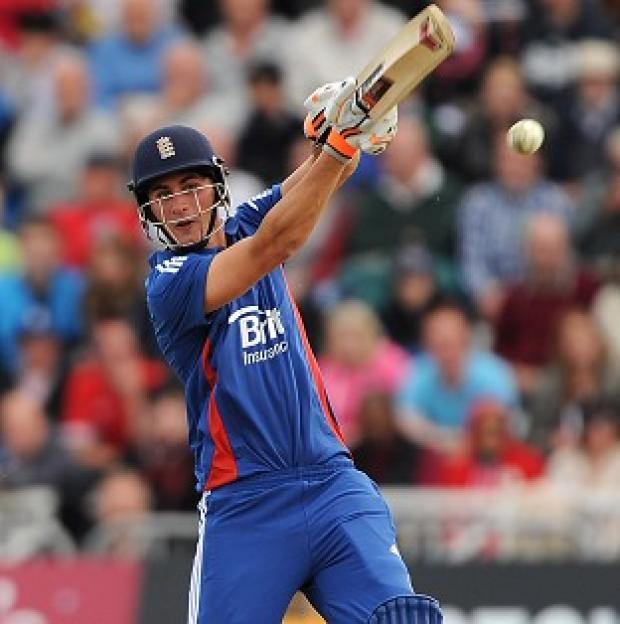 Alex Hales' 52 helped England to a World T20 warm-up win against Australia
