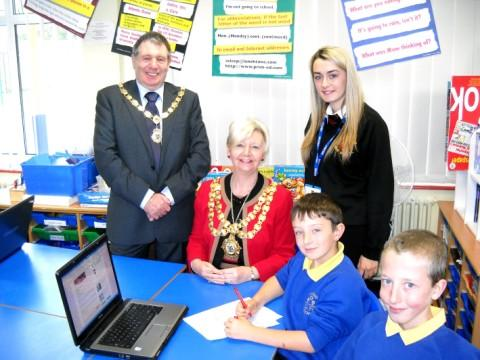 Hannah enjoys her visit to Newton West Park School with Mayor Clr Myra Whiteside and Consort John Hurst
