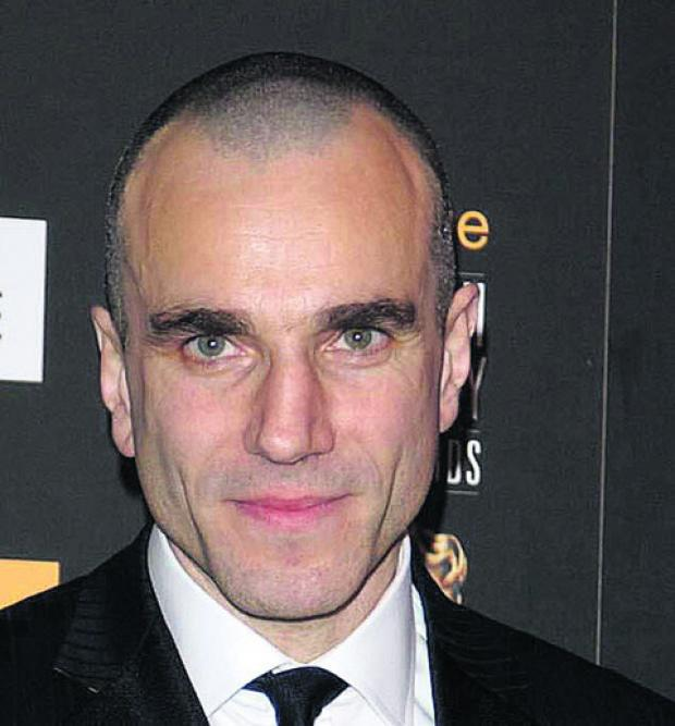Daniel Day-Lewis leads Oscars charge