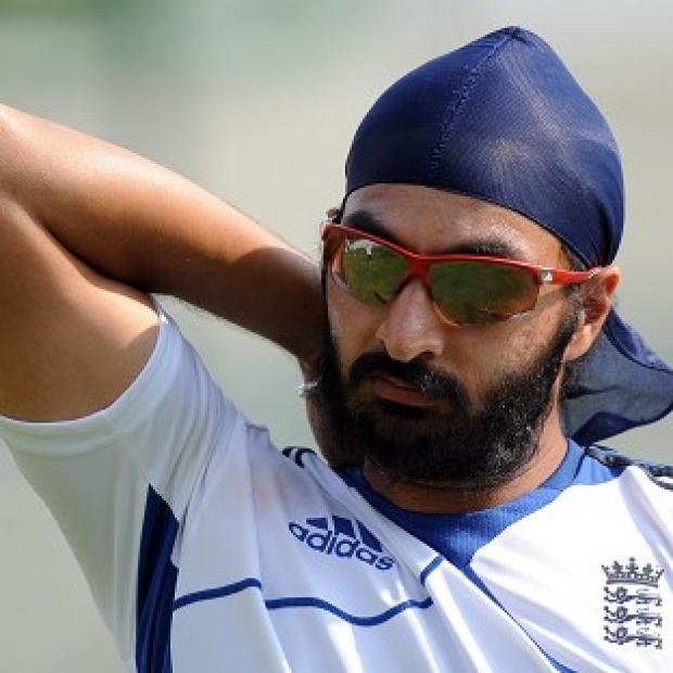 Monty Panesar finished with figures of four for 90 as India were dismissed for 316