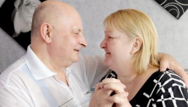 Couple get married again – 30 years after they divorced