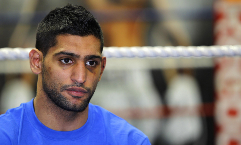 Amir Khan believes he is close to Floyd Mayweather Junior fight