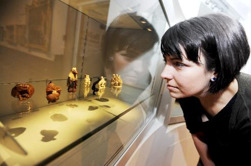 Historic art in miniature from Japan and China