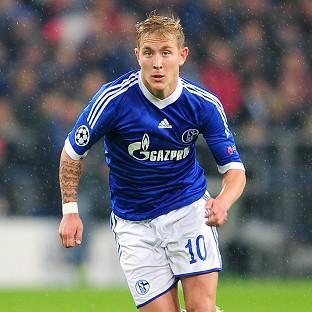 Tottenham have reached an agreement for the immediate transfer of Lewis Holtby