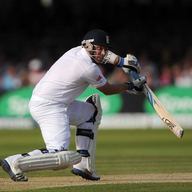 Centurion Ian Bell felt England coped well with 'difficult' batting conditions
