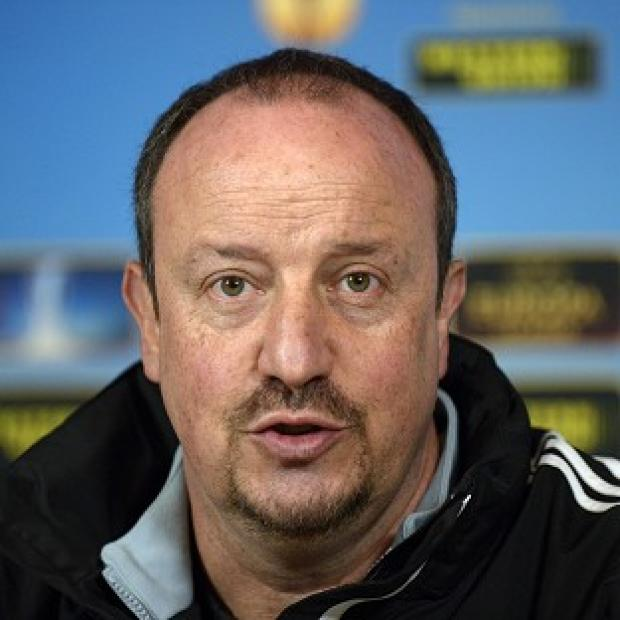 Rafael Benitez has criticised the Chelsea fans who have been calling for his head