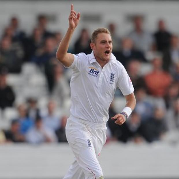 England's Stuart Broad claimed a wicket before lunch