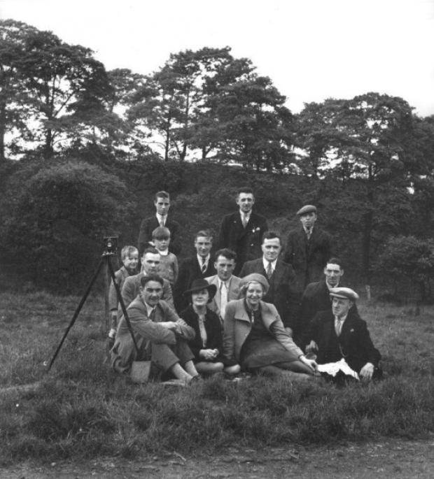 Club members enjoy a photography trip in 1939.