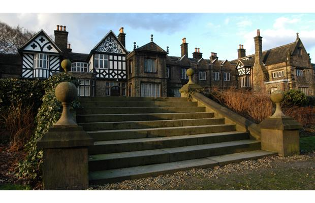 The Bolton News: Smithills Hall - Photo's Courtesy of Heather B Studios
