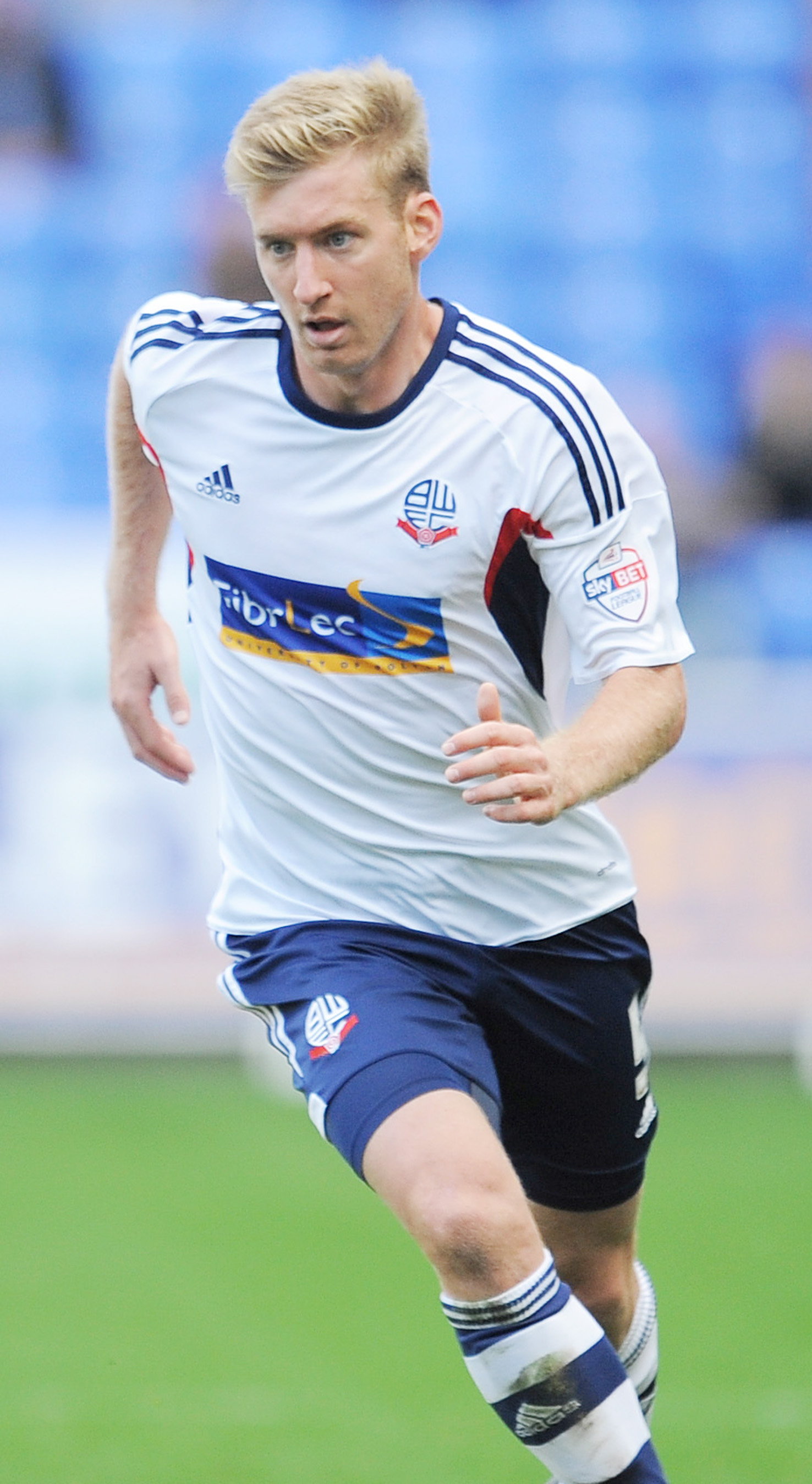 Player of the year Tim Ream has signed a new deal at Wanderers until 2017