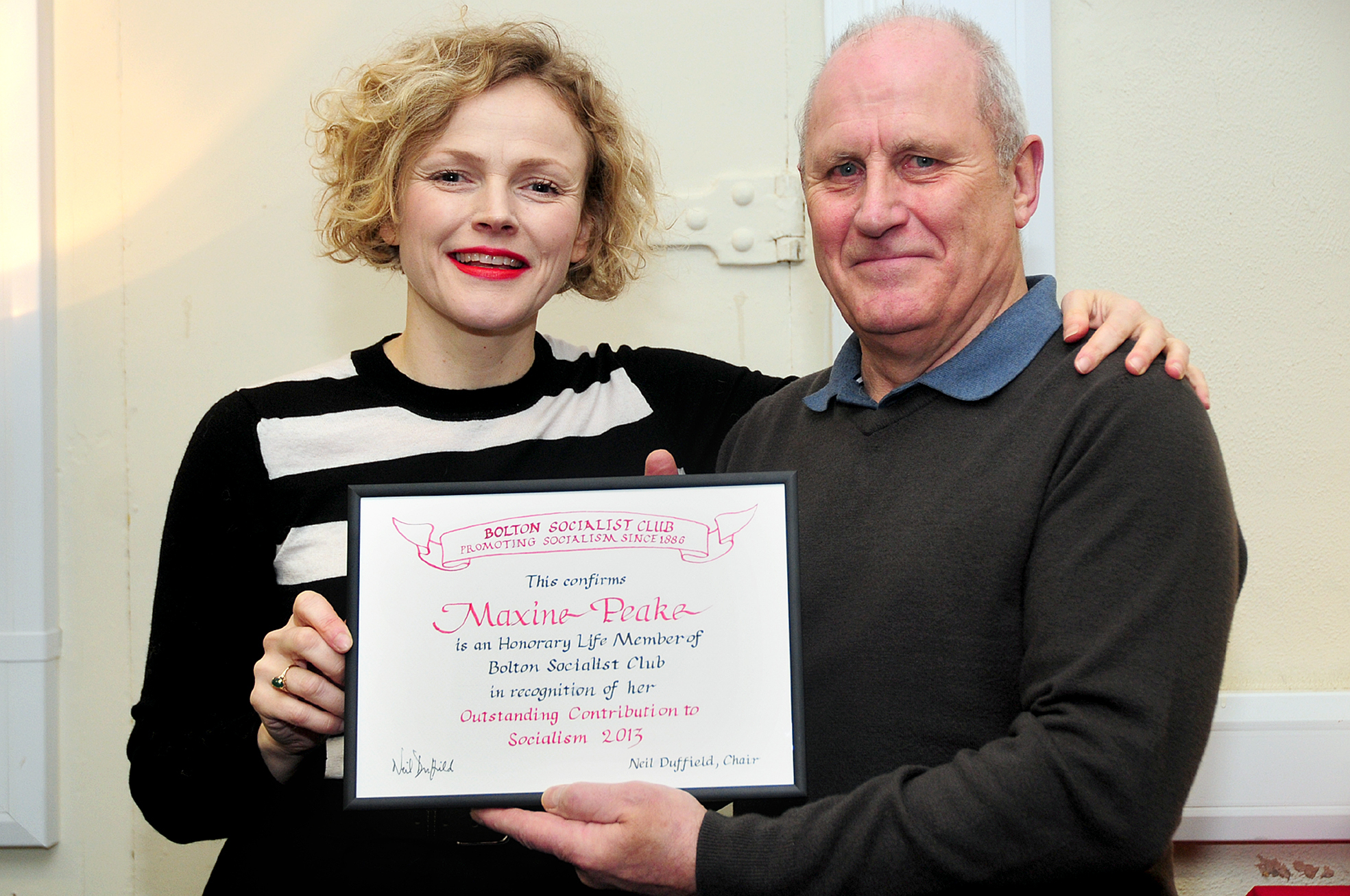 UPDATED: Maxine Peake receives award from Bolton Socialist Club
