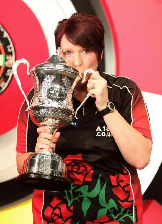 Lisa Ashton with her trophy