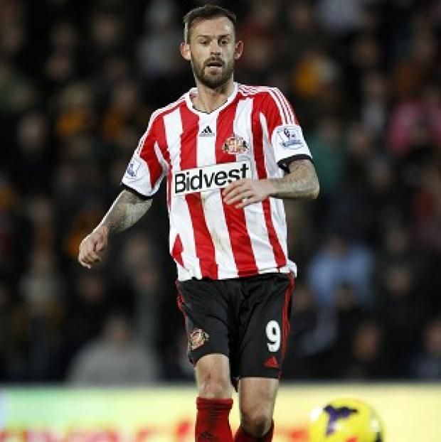 The Bolton News: Steven Fletcher is a doubt for Sunderland's Capital One Cup semi-final second-leg clash with Manchester United