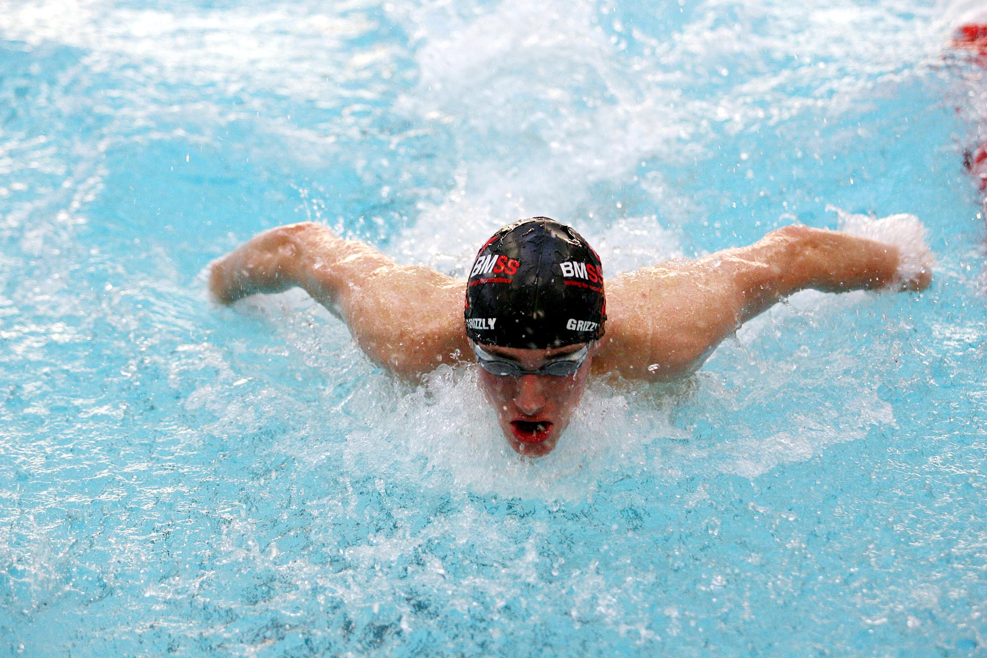 Bolton student wins swimming scholarship at American university