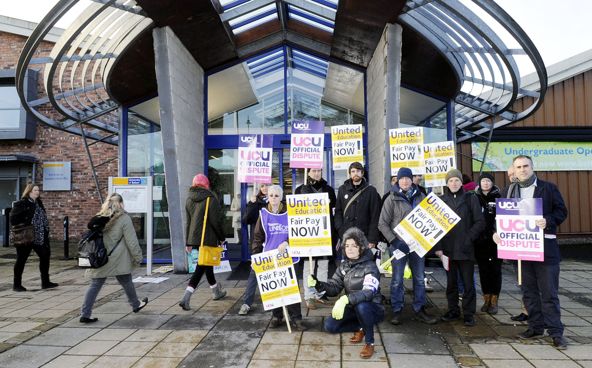 University of Bolton lecturers stage one-day strike