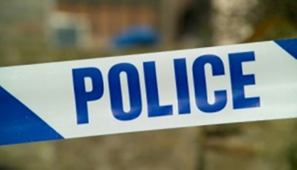 Man tied up and hit over head with shovel in Leigh robbery