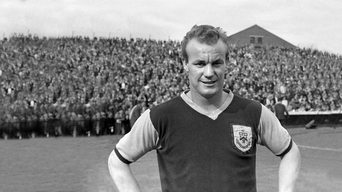 Tributes paid to Clarets legend 'Bomber' Harris