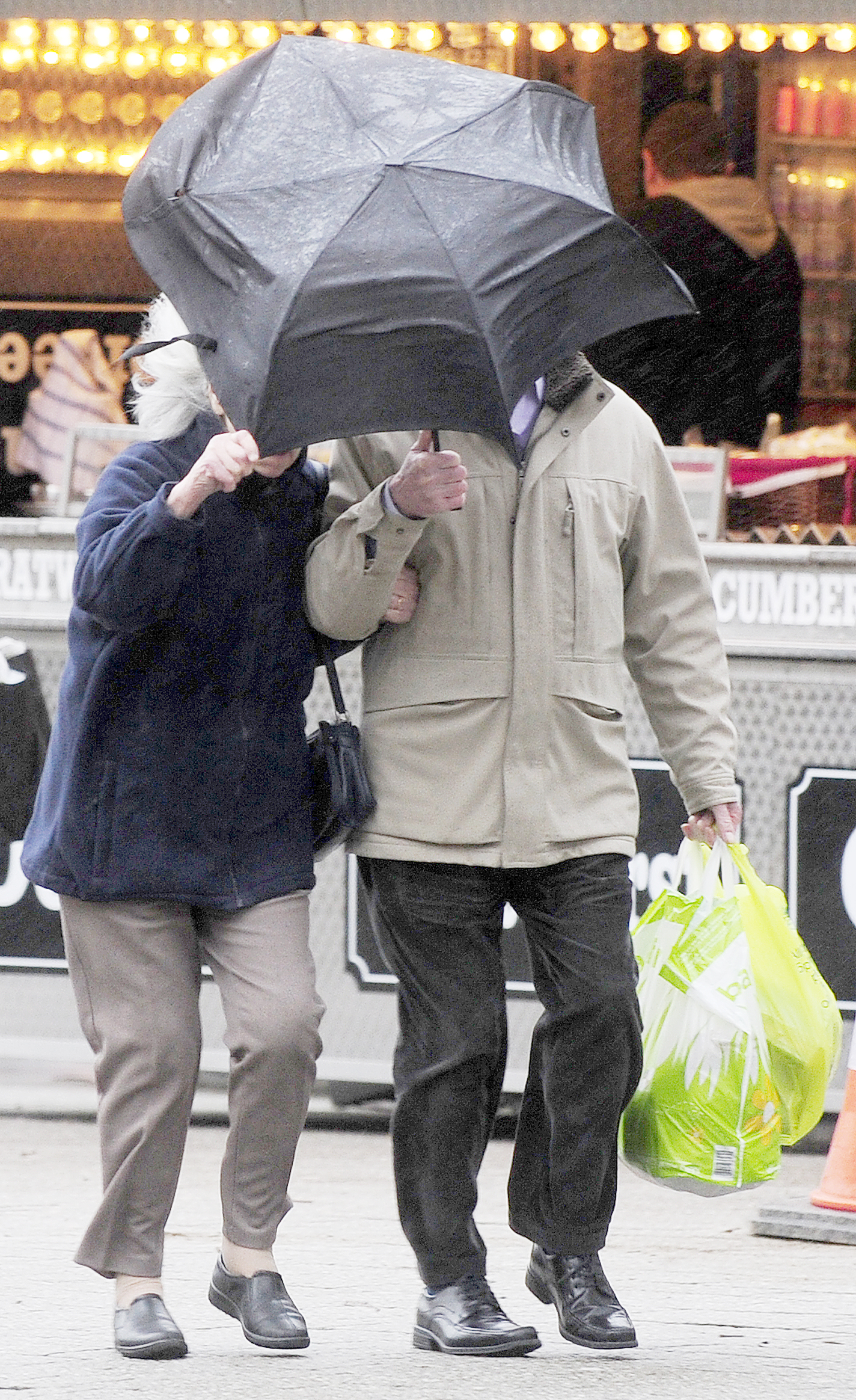 Severe weather alert as Met Office forecasts 100mph winds across north west tonight