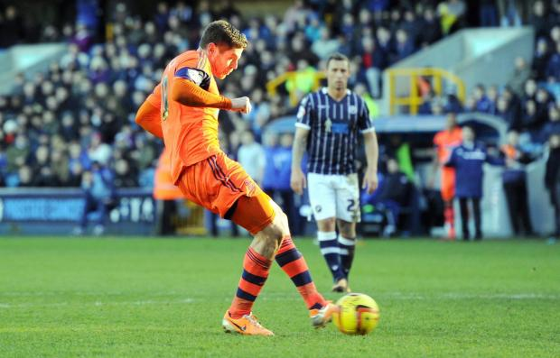 The Bolton News: OFF TARGET Lukas Jutkiewicz misses his penalty