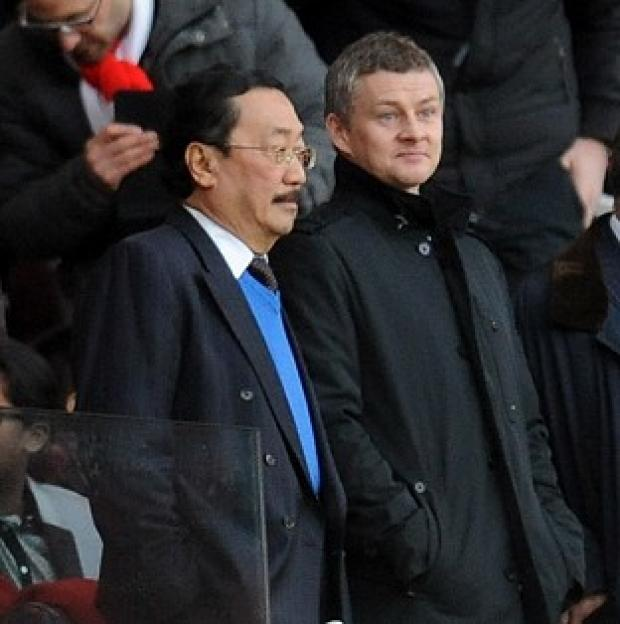 The Bolton News: Ole Gunnar Solskjaer, right, has been boosted by a speech given by Vincent Tan