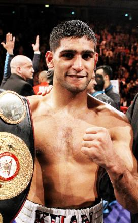 Amir Khan is planning to steal the show from Floyd Mayweather in Vegas