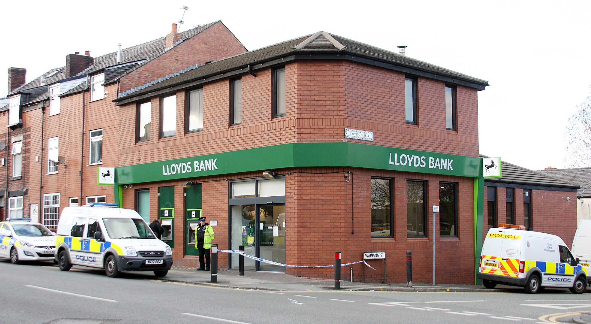 Scene of the attempted robbery at Lloyds Bank