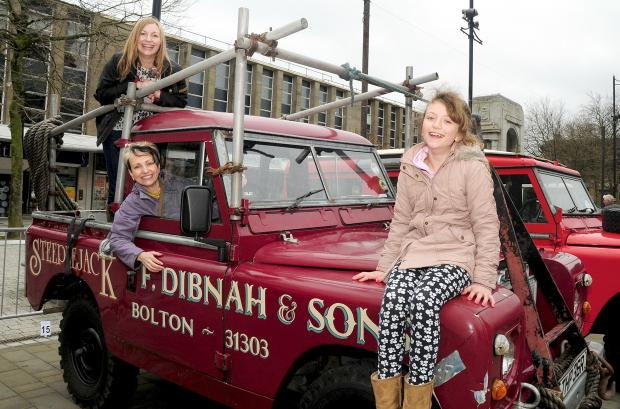 The Bolton News: Fred Dibhan's daughters Lorna Dibnah, back, and Jayne Stott with his granddaughter Isobel Brown