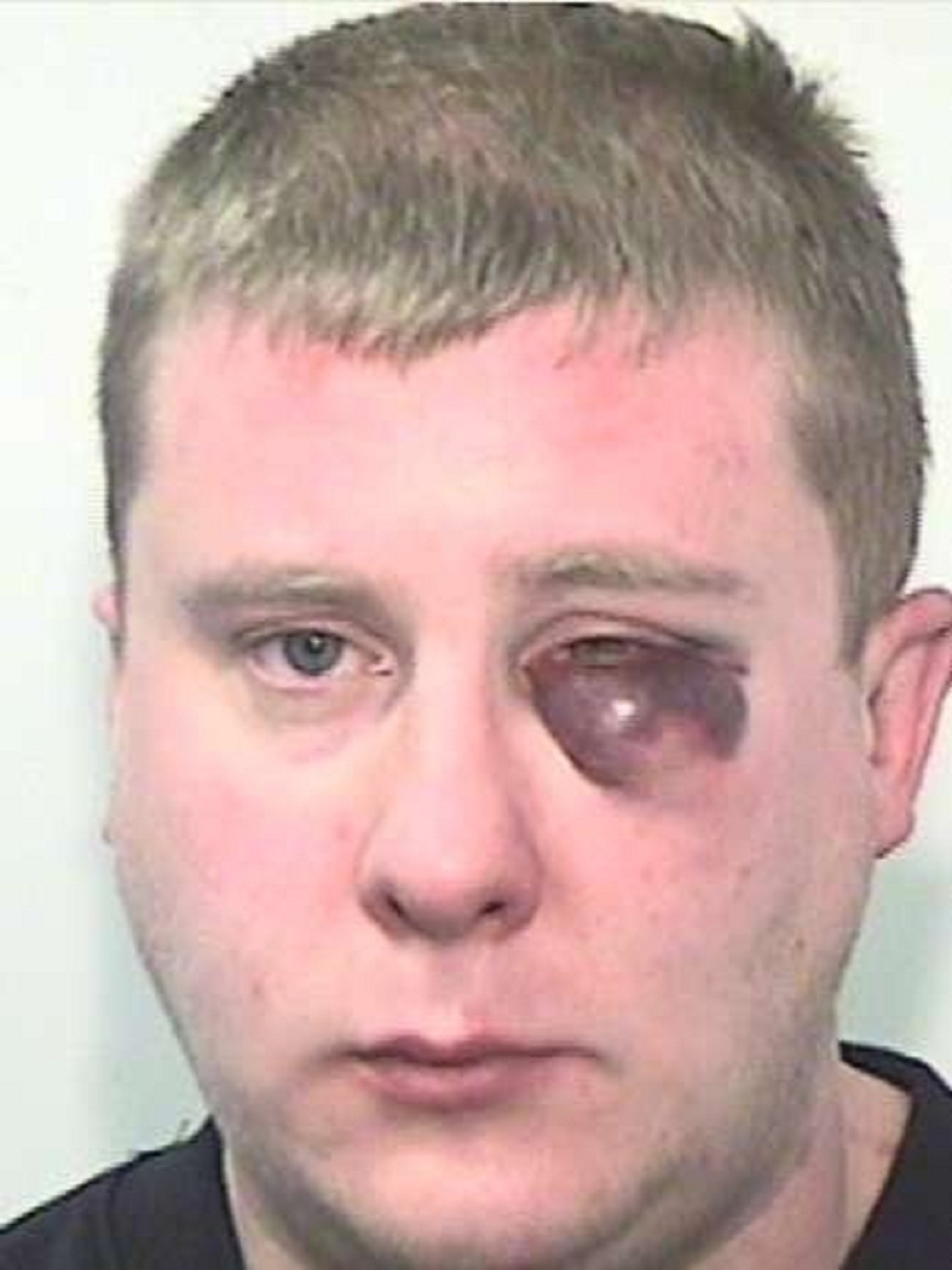Man jailed for attempting to rape stranger after offering to help her