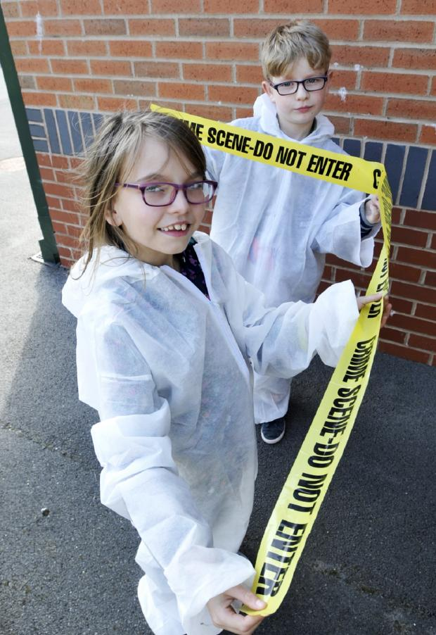 The Bolton News: Super sleuths Piper Fisher and Sam Handford