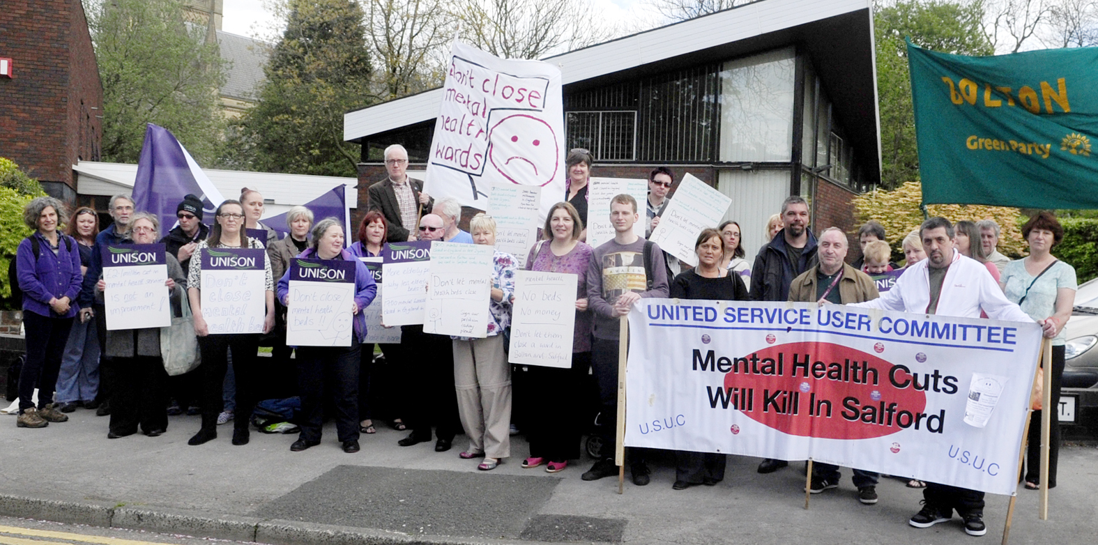 VIDEO: Plan to cut mental health beds at hospital approved despite protest