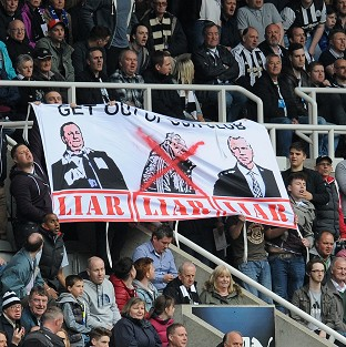 Alan Pardew and owner Mike Ashley came under fire from Newcastle's supporters