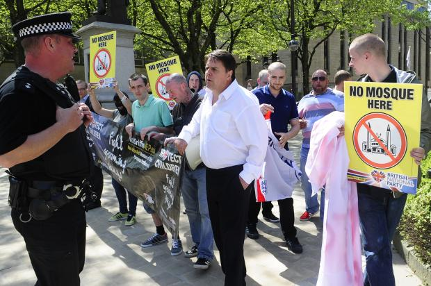 Nick Griffin visits Bolton to protest against plans for Farnworth mosque