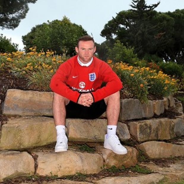 The Bolton News: Wayne Rooney is hoping for some pointers from Dr Steve Peters